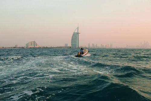 Hero Sunset Dubai Boat Tour